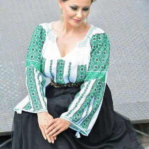 Ie tradițional românească - Model DANIELA