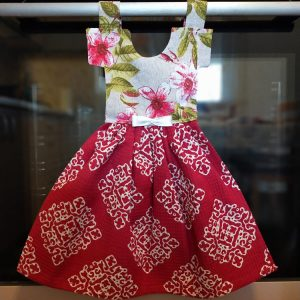 Prosop de bucatarie tip rochita - imprimeu cu flori