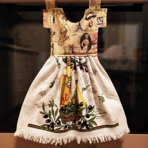 Prosop de bucatarie tip rochita - imprimeu cu masline si ulei