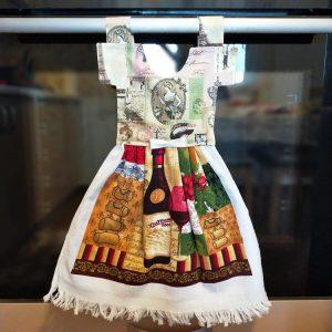 Prosop de bucătărie tip rochiță - imprimeu sticlă de vin