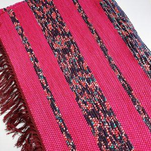 Preș roz cu dungi multicolore, țesut manual, 70x180 cm